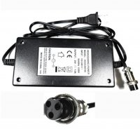 Battery Charger 24V 3 Prong L=150 W=75 Thick=41
